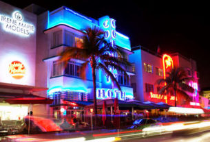 Ocean Drive by night, Miami
